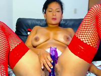 This Latina Slut's Style Of Masturbation Is More Than Compelling