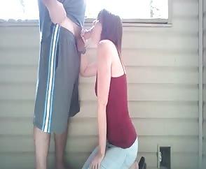 Teen Girlfriend Loves Giving An Energetic Blowjob