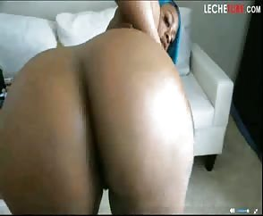 Girl With Perfect Delicious Meaty Big Ebony Booty