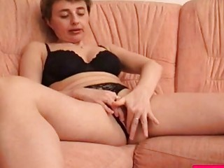 Mature Amateur Slut With Short Hair Drops Panties And Stimulates Pussy With Sex Toys
