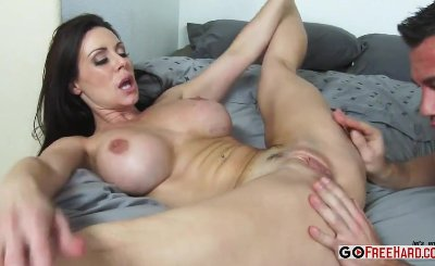 Busty Mom Kendra Lust Fucking Her Sons Friend 22886