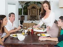 "Kendra Lust & Jordi El Nino Polla In Kendras Thanksgiving Stuffing – Brazzers"" Class=""EoCk7"