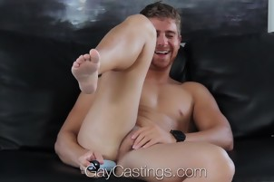 HD GayCastings – Muscular Texas Boy Fucked On Casting Couch