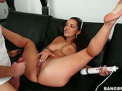 Brunette Liza Del Sierra With Juicy Butt And Her Hot Bang Buddy Both Enjoy Blowjob Session