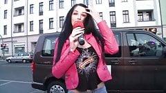 Pimmel Bingo German Cougar Blows Random Cock