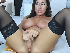 Large Tit Honey Toys Her Snatch Close Up