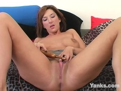 Hot Electra Masturbating