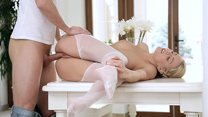 Stockings Porn Video With Sweet And Sexy Christen Courtney – HER WHITE STOCKINGS