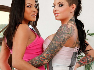 Adrianna Luna And Christy Mack – 2 Chicks Same Time