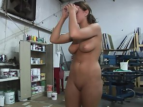 Big Boobs Babe Shows Her Undressed Figure On Camera