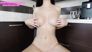 Beautiful Bitch Masturbate In The Kitchen