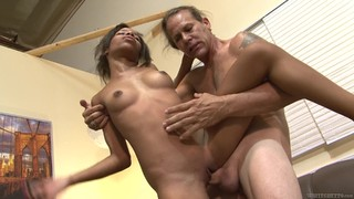 Brunette Asks Her Man To Stick His Beefy Meat Pole In Her Mouth