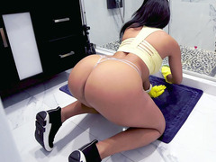 Hot Maid Misty Quinn Is Cleaning The House