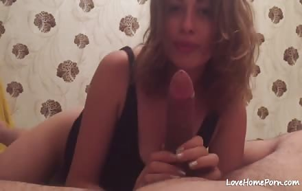 Amateur Teen Gives Passionate Blowjob