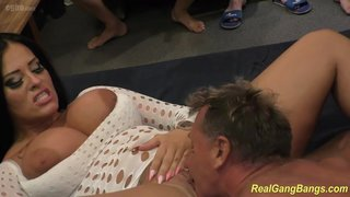 Big Tits Amateur Chick Sucking Dicks And Fucking In Gangbang