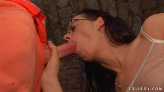 Teen Wench Lets Dude Shove His Erect Love Stick In Her Mouth