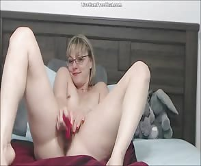 Hot Mature Blonde With Glasses And Short Hair Helping Guys