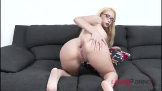Natasha Teen Happy Cum Kisses