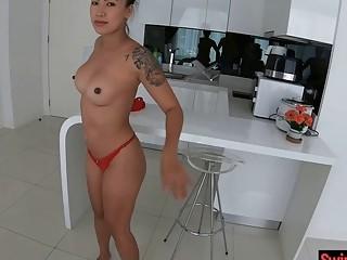 Asian Amateur Bombshell Homemade Sucking And Fucking