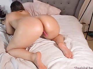 Horny Mature Woman Live Toying And Masturbation