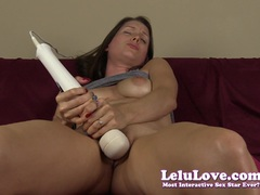 Vibrating Pussy Of Amateur Chick